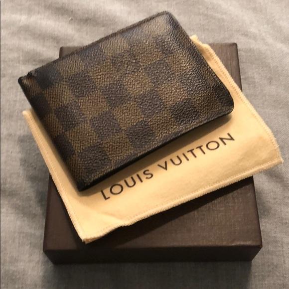 fd8b5fe544b1f Louis Vuitton Other - Louis Vuitton men s multiple wallet